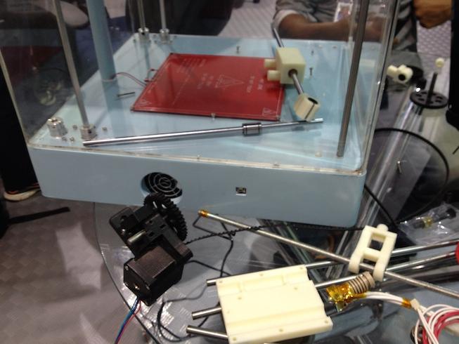 impressora 3d montando
